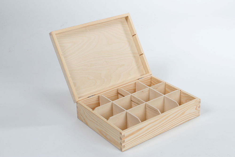 Wooden box for tea H12