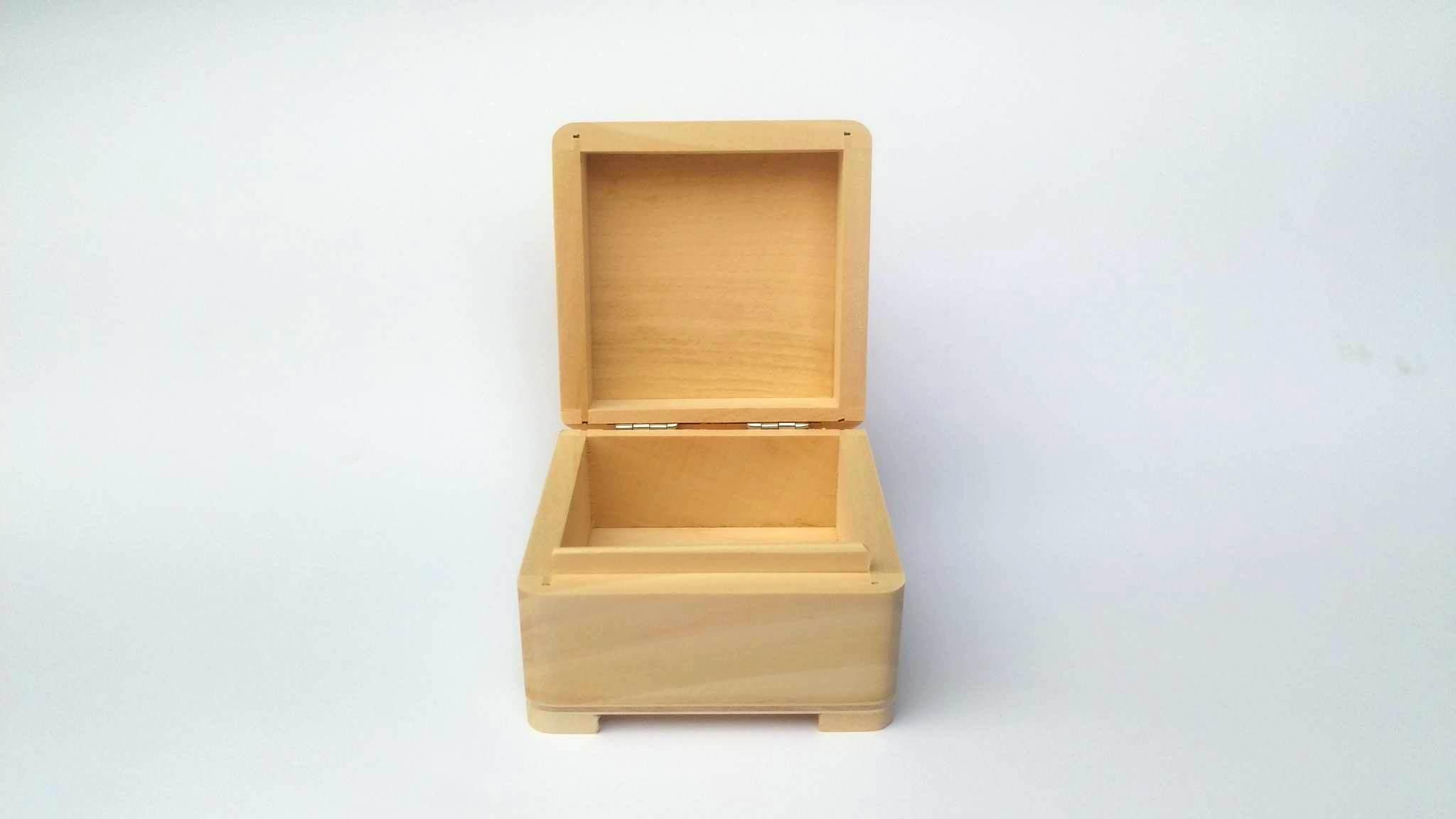 Genialny WOODEN WORLD, pudelka z drewna Producent pudełek drewnianych ZL97